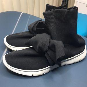joshua's Shoes - Joshua's bowtie sock sneaker